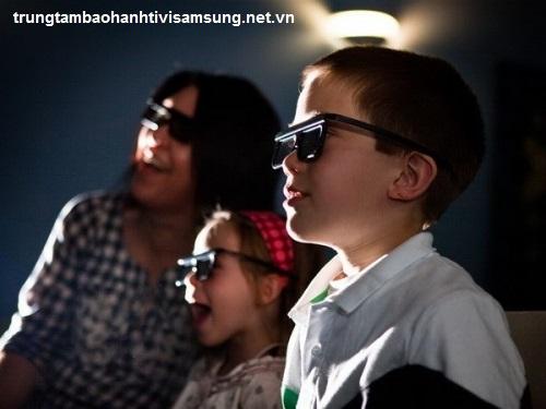 Kiểm soát thời gian xem tivi 3D của trẻ em